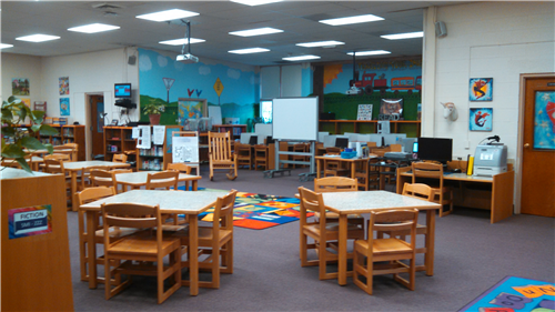 Larrymore Media Center learning area with tables and chairs
